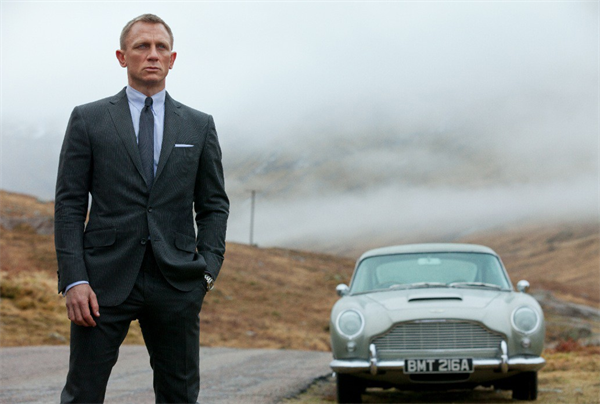 007 legends set for fall 2012 will tie together six classic bond movies Activision Announces 007 Legends